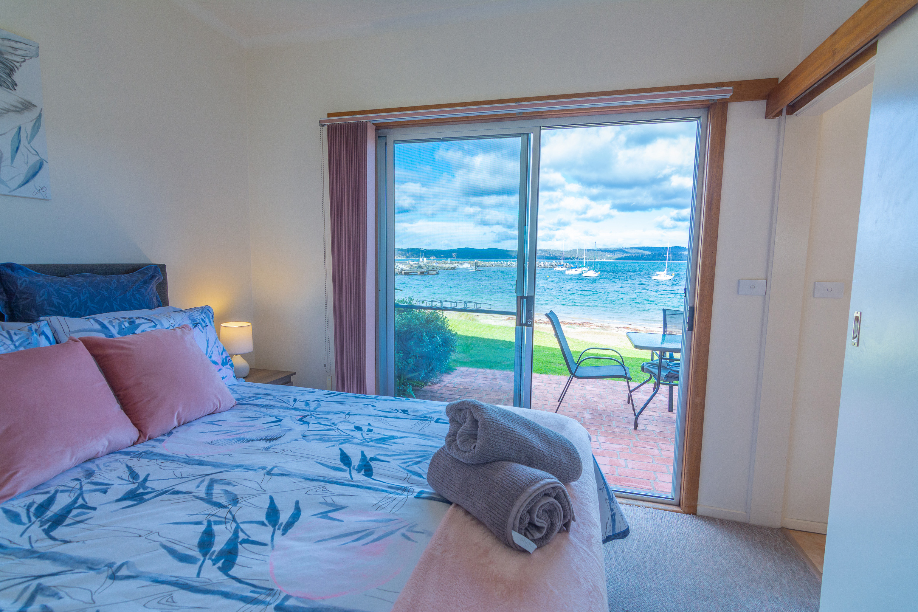 2 bedroom absolute beach front cottages eden quarantine bay